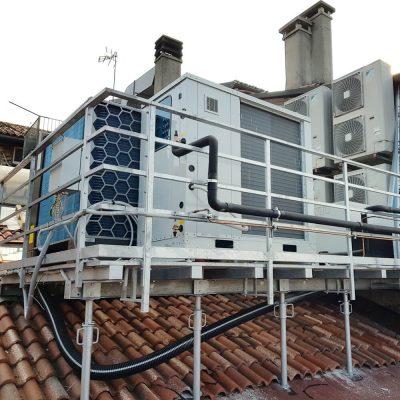 Pompa di calore aria acqua unità esterna 1